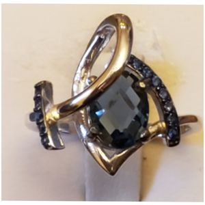 Gorgeous 2.21ct London Blue Topaz Ring Size 6